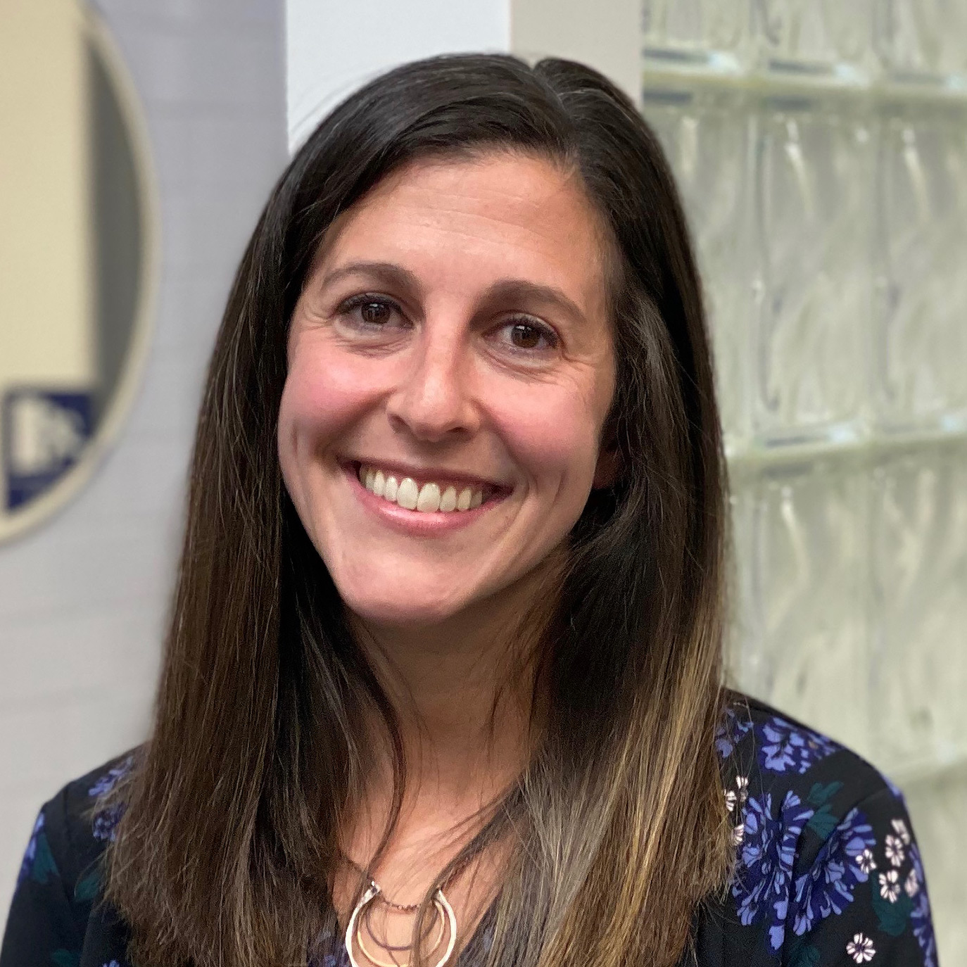 Dr Adina Wolfe